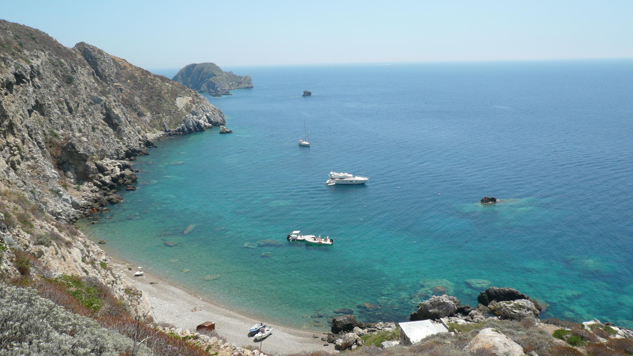 Beach Palagruza