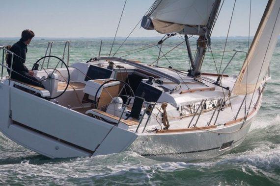 Oceanis 360 GL charter Croatia